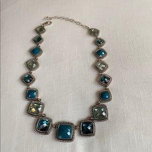 Blue tone necklace